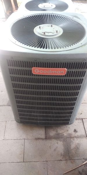 AC unit Goodman for Sale in Houston, TX