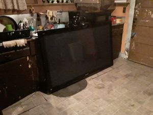 I have Panasonic 70 inch flat screen wall unit nice when I moved I lost the remote but you can get one universal $5 for it I'm asking 500 or give es for Sale in Maryville, TN