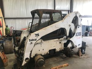 Bobcat a300 need work for Sale in Cedar Creek, TX