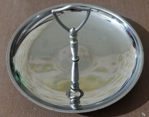 Metal serving tray spins for Sale in Three Rivers, MI