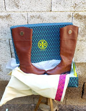 Tory Burch Womens Junction Riding Boots Brown Zip Up Almond Toe Leather SIZE 8M for Sale in Phoenix, AZ