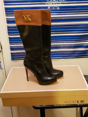 Michael Kors boots for Sale in Piscataway, NJ