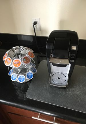 Keurig with cup stand for Sale in Houston, TX