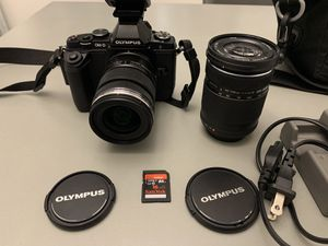 Olympus OM-D E-M5 Mirrorless Micro 4/3 W/12-50mm Lens 40-150 Lens Battery Grip for Sale in Fletcher, NC