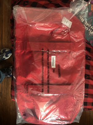 Red Supreme Duffle bag for Sale in New York, NY