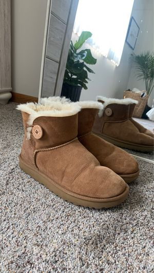 Short Ugg Boots! for Sale in Menomonee Falls, WI