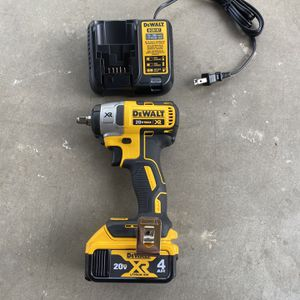 "Dewalt Brushless Impact Wrench 3/8"" 20vmax for Sale in Tolleson, AZ"