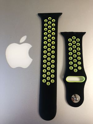 42/44mm Apple Watch band M/L for Sale in Cheshire, CT
