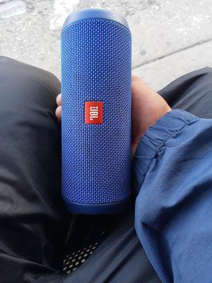 Jbl flip4 bt speaker for Sale in Garden Grove, CA