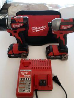 MILWAUKEE M18 BRUSHLESS COMBO KIT 2892-22CT NEW. NUEVO. for Sale in Chamblee,  GA