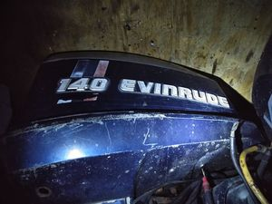 Evinrude 140hp outboard motor for Sale in Riverdale, MD