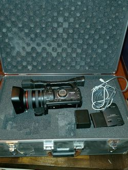 Canon XHA1 HDV MiniDV Camcorder for Sale in Kent,  WA