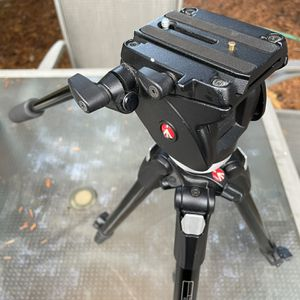 Professional Manfrotto Tripod for Sale in Fairview, OR