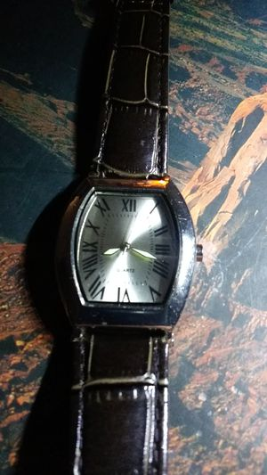 Elegancy at it's best this is a unisex quartz watch for Sale in Las Vegas, NV