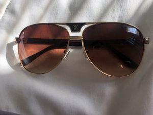Louis vuitton sunglasses. Unisex for Sale in Woodbridge, VA