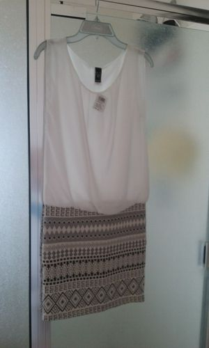 Windsor dress size small for Sale in Tolleson, AZ