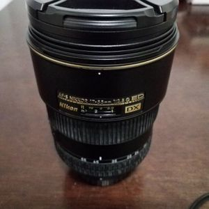Nikon 17-55 2.8 For Trade for Sale in Los Angeles, CA