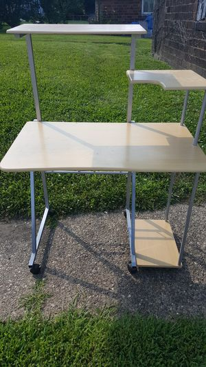 Desk for Sale in Pittsburgh, PA