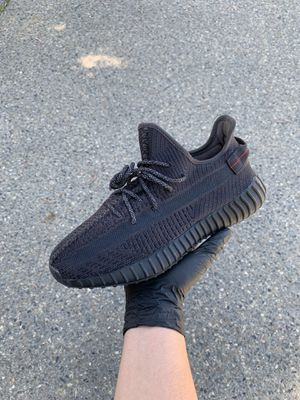 Adidas Yeezy Static Black for Sale in Fresno, CA