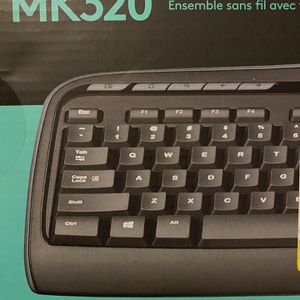 Logitech MK320 Wireless Keyboard And Mouse for Sale in Los Angeles, CA