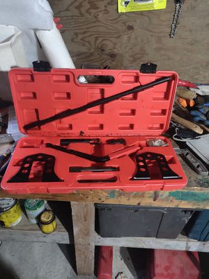 Overhead cam valve spring compressor for Sale in Mansfield, MA