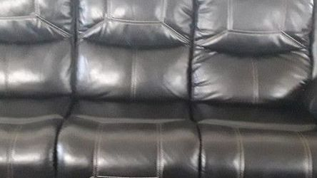 Black Sofa & Love Seat Recliners for Sale in Cleveland,  OH