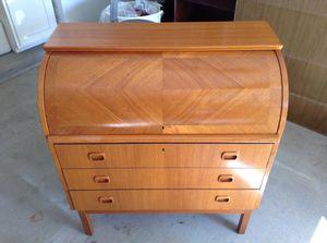 Vintage Secretary Desk for Sale in Tolleson, AZ