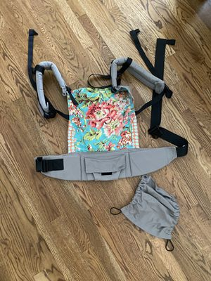 Tula baby carrier for Sale in Lebanon, TN