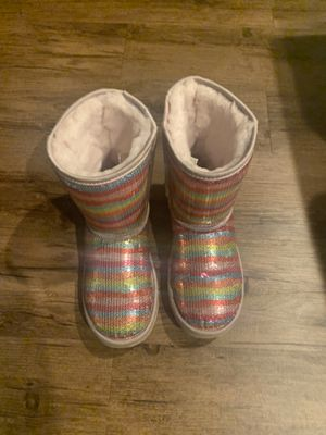 Ugg boots girls size 5 for Sale in Newnan, GA