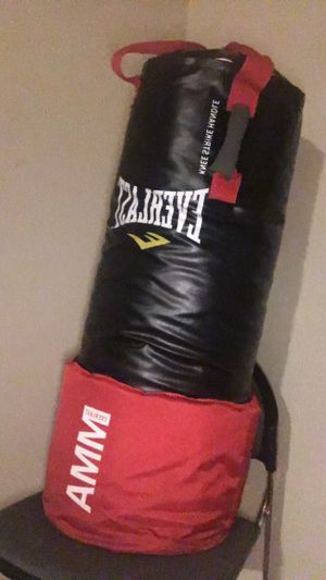 MMA Omnistrike Punching Bag for Sale in Lompoc, CA