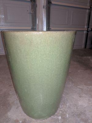 Giant ceramic plant pot for Sale in Austin, TX