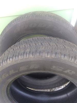 275/60/20 - PAIR of GOODYEAR Wrangler SR-A tires. for Sale in Robbinsdale, MN