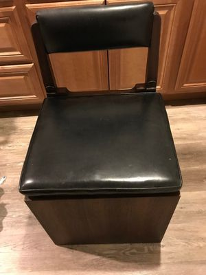 Bedside chair for Sale in Springfield, VA