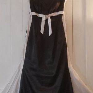 Evening Mermaid Ball Gown For Black Tie Event Size 8 for Sale in Manchester, CT