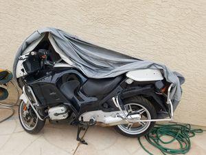 White & Black Motorcycle BMW R1150 CC RTP for Sale in Las Vegas, NV