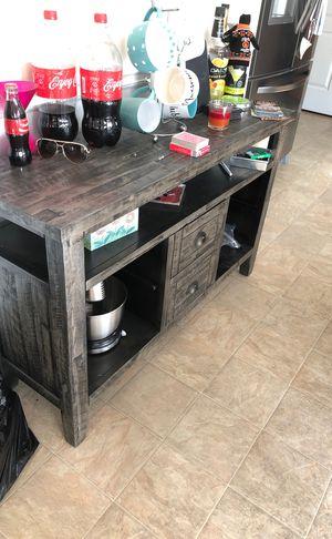 Grey Weathered Storage Unit for Sale in Fairburn, GA