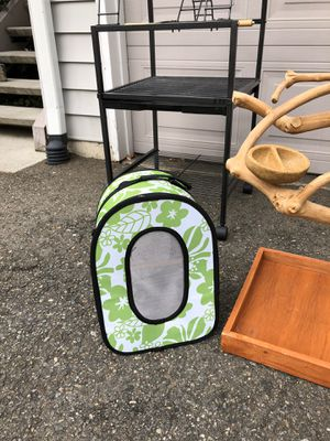 Bird cage / Travel carrier for Sale in Auburn, WA