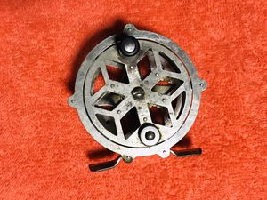 Rare Vntg Fly Fishing Reel for Sale in Glendale Heights, IL