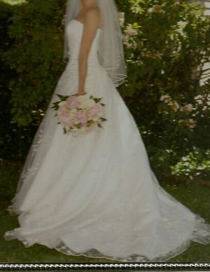 WEDDING GOWN for Sale in Milford, CT