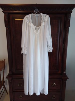 Vintage Lace Nightgown and Negligee for Sale in Overland Park, KS