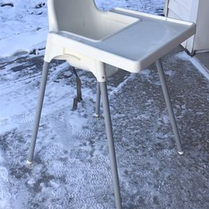 High chair for Sale in Milford Charter Township, MI