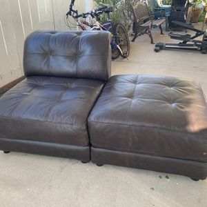 Dark Brown Leather Sofa (6 Pieces) Varied Configuration for Sale in Bonita, CA
