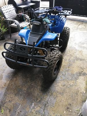 4 wheeler quad kazuma 150cc for Sale in Tampa, FL