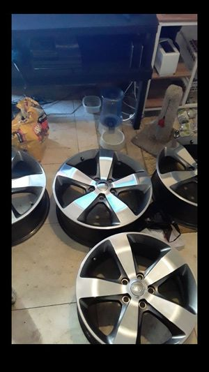 Four 20 inch Jeep Grand Cherokee wheels for Sale in Los Angeles, CA