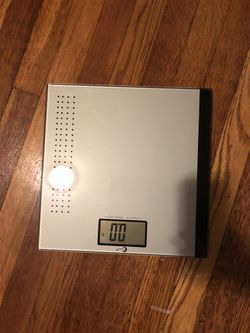 Bathroom scale for Sale in New York,  NY