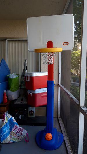 Basketball set adjustable for Sale in Fort Lauderdale, FL