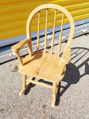 Oak kids rocking chair for Sale in Franklin Park, IL