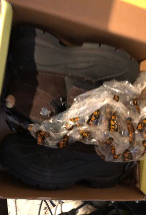 Boots size 8 for Sale in Philadelphia, PA