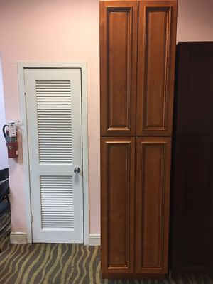 Cabinetes banity for Sale in Hialeah, FL