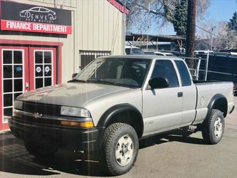 2003 Chevrolet S-10 for Sale in Englewood,  CO
